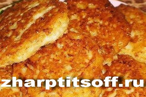 Пирожки, котлеты из индейки, кефир, мука. Пирожки жареные фритюр.