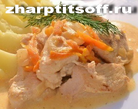 Куриная вырезка подливка, овощи тушим. Тушеное куриное филе.