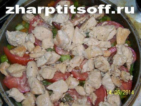 24Раскладываем тушеное мясо укрицы