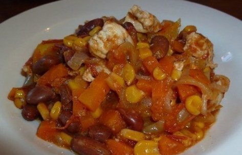 Мексиканское куриное рагу с овощами