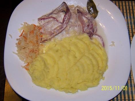 Быстрое куриное жаркое сыр, лук репчатый, майонез. Второе блюдо.
