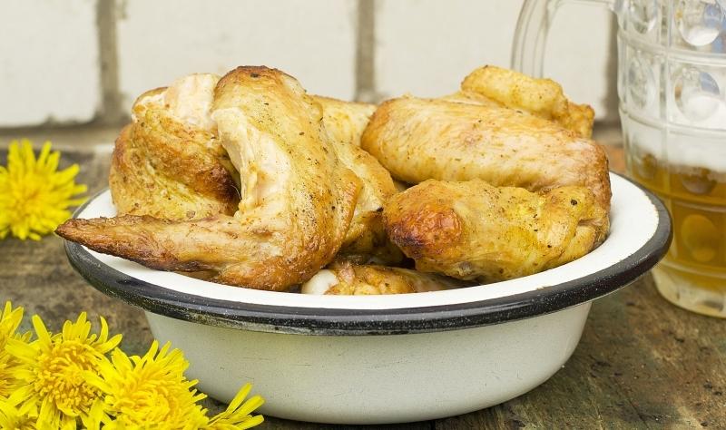 Шашлык куриные крылышки маринад необычный из пяти сухих специй.