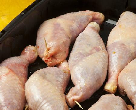 Фаршированные окорочка куриные без кости. Маринуем и в духовку.